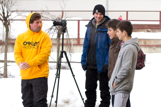 Explanation of freeskiing to young guns