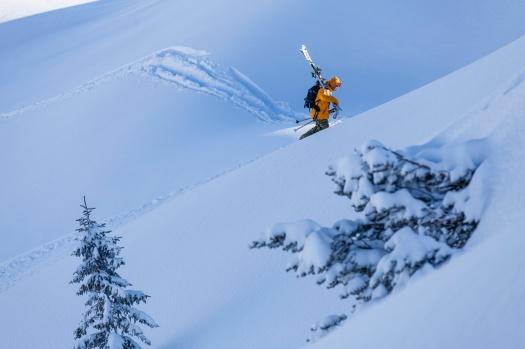 Morning fartlek - skier's way  photo: Peter Fettich